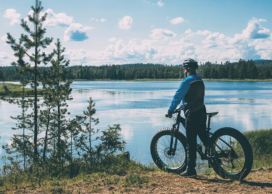 Vandring och cykling